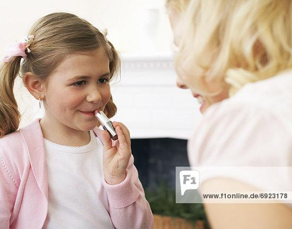 Lippenstift  Mädchen  Mutter - Mensch