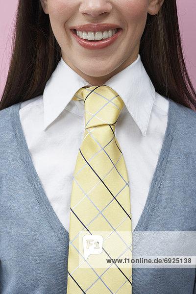Frau  Krawatte  Kleidung
