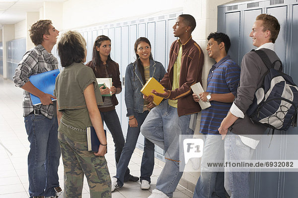 Korridor Korridore Flur Flure sprechen Student