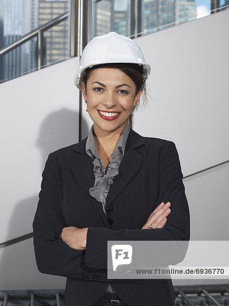 Portrait  Geschäftsfrau  Hut  hart