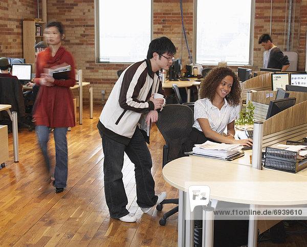 Mensch  Menschen  arbeiten  klein  Büro