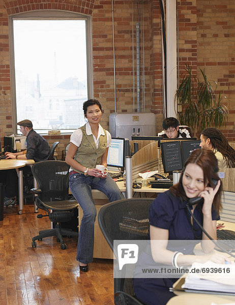 Porträt von geschäftsfrau in Office