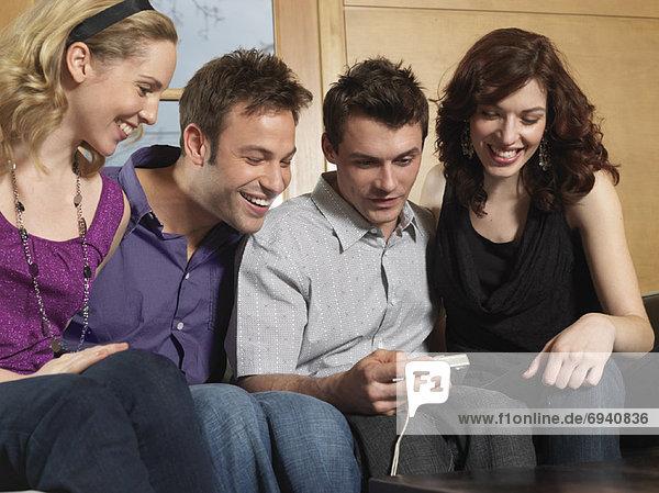 Mensch  sehen  Menschen  Menschengruppe  Menschengruppen  Gruppe  Gruppen  Blick in die Kamera