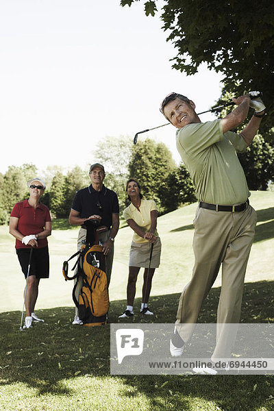 Mensch  Menschen  Menschengruppe  Menschengruppen  Gruppe  Gruppen  Golfsport  Golf  spielen