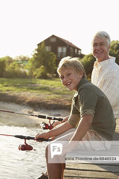 Enkelsohn Großvater angeln