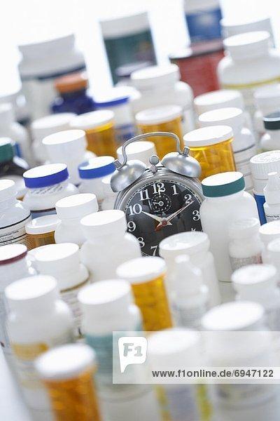 Uhr  Pille  alarmieren
