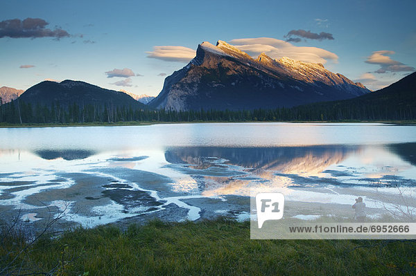 Mount Rundle und Vermillion See  Banff Nationalpark  Alberta  Kanada