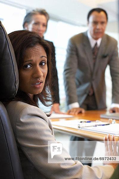 Geschäftsfrau  sehen  Nervosität  Besuch  Treffen  trifft