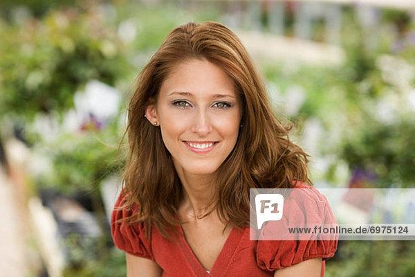 Portrait Frau Garten