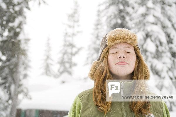 Außenaufnahme , Schneeflocke , Mädchen , freie Natur
