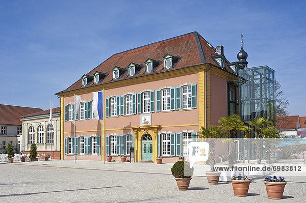 Palais Hirsch am Schlossplatz  Schwetzingen  Kurpfalz  Baden-Württemberg  Deutschland  Europa