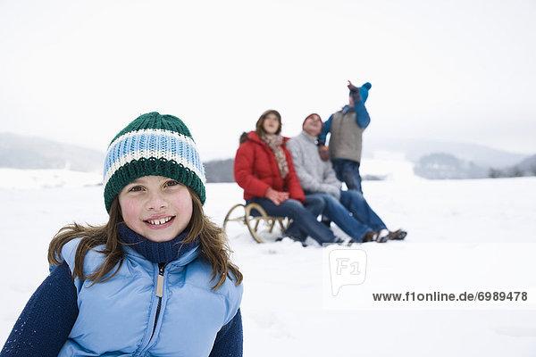Außenaufnahme  Winter  Mädchen  freie Natur