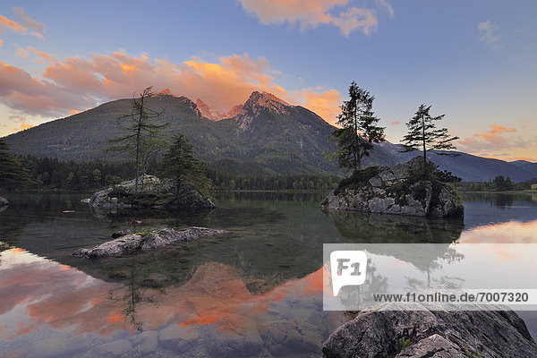 Sonnenuntergang  See  Ramsau bei Berchtesgaden  hintersee  Berchtesgaden  Berchtesgadener Land  Deutschland  Oberbayern