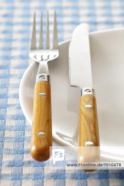 Messer  Teller  Gabel
