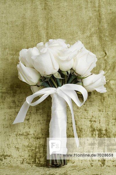 hoch  oben  Bündel  Rose  binden