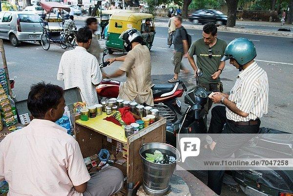 paan  betel leaf  vendor in a street of Delhi  India  Asia