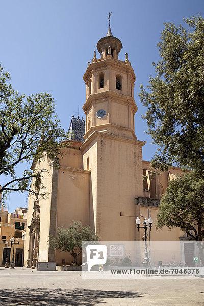 Kirche EsglÈsia de Santa Maria  Arenys de Mar  Comarca Maresme  Costa del Maresme  Katalonien  Spanien  Europa  ÖffentlicherGrund