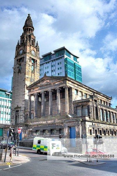 Freiheit Großbritannien Straße Kirche Glasgow Schottland