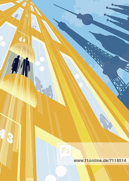 Geschäftsleute fahren in einem Fahrstuhl hoch  eine Skyline europäischer Sehenswürdigkeiten