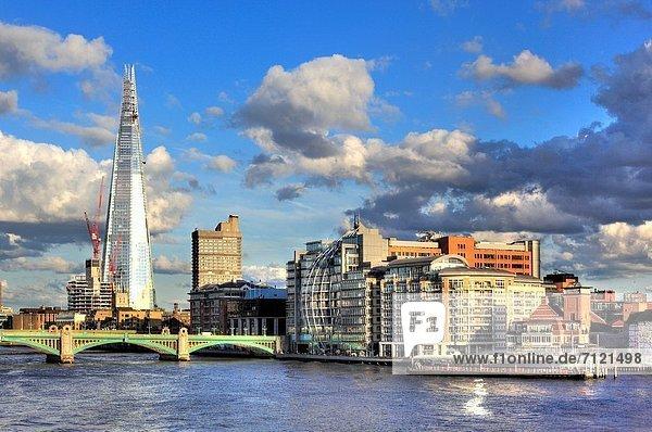 Großbritannien London Hauptstadt Großstadt Brücke Ansicht Jahrtausend