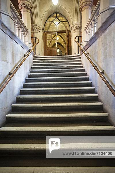 Stufe  Europa  britisch  Großbritannien  London  Hauptstadt  Architektur  Monarchie  Treppenhaus  Gotik  England  viktorianisch