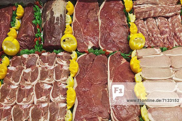 Europa  britisch  Großbritannien  Markt  Steak  Metzger  England  Fleisch  Oxford  Oxfordshire  Schweinefleisch  Schwein