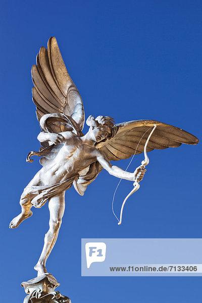 beleuchtet  Europa  britisch  Großbritannien  London  Hauptstadt  Statue  Piccadilly Circus  Nacht  England  Amor