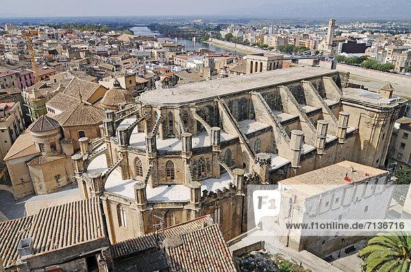 Catedral de la Asuncion de la Madre de Dios  Kathedrale  Stadtübersicht  Tortosa  Provinz Tarragona  Cataluna  Katalonien  Spanien  Europa  ÖffentlicherGrund