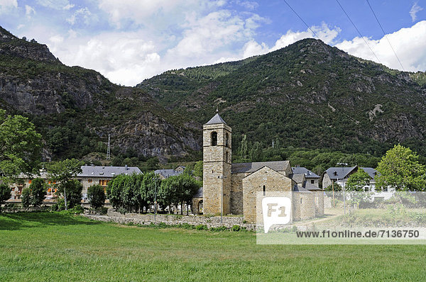 Sant Feliu  romanische Kirche  Unesco Weltkulturerbe  Barruera  La Vall de Boi  Pyrenäen  Provinz Lleida  Cataluna  Katalonien  Spanien  Europa  ÖffentlicherGrund