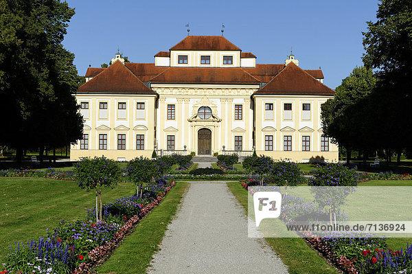 Schloss Lustheim in Schleißheim  Oberbayern  Bayern  Deutschland  Europa