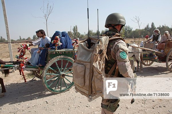 Afghanistan  niederländisch  Militär  Patrouille