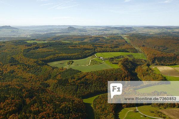 Wald und Felder  Hegau  Baden-Württemberg  Deutschland  Europa Wald und Felder, Hegau, Baden-Württemberg, Deutschland, Europa
