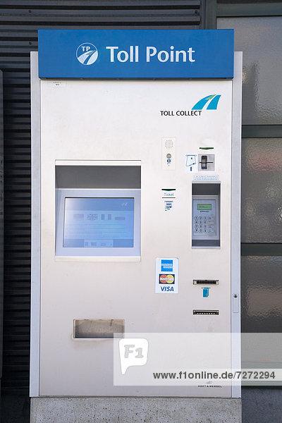 Automat zum Bezahlen der Autobahngebühr  Toll Point  Toll Collect  Rasthof Wasserbillig Cavestellux  Rheinland-Pfalz  Deutschland  Europa  ÖffentlicherGrund