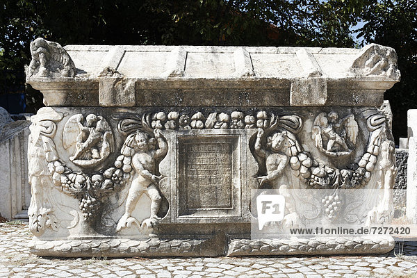 Ornate relief on a sarcophagus at the ancient archaeological site of Aphrodisias  Geyre  Karacasu  Aydin  Western Turkey  Turkey  Asia