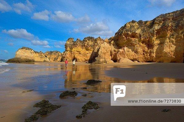 Europa  Algarve  Alvor  Portimao  Portugal  Praia dos Tres Irmaos