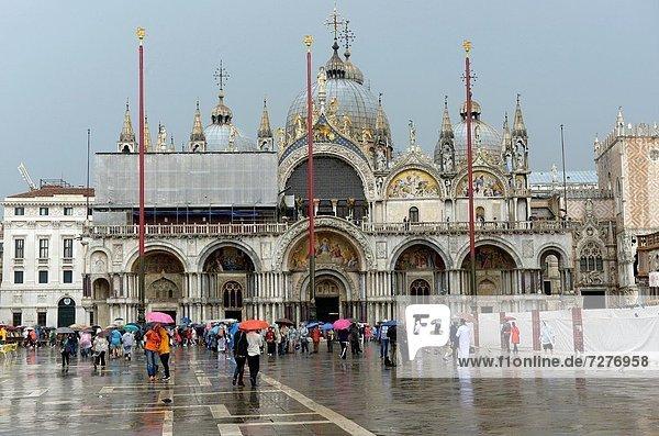Europa  Markierung  Fassade  Markusplatz  Basilika  Italien  Venedig
