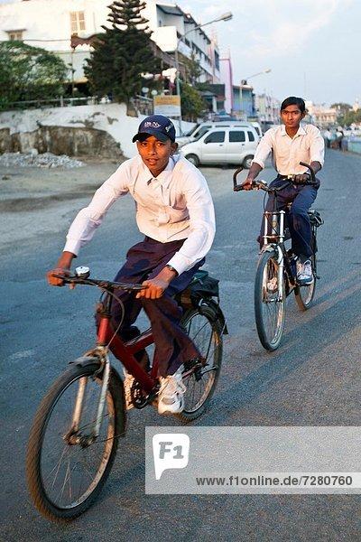 offen  Student  Fahrrad  Rad  Indien  Studium  Universität