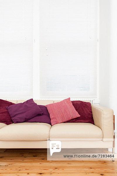 Leeres Sofa