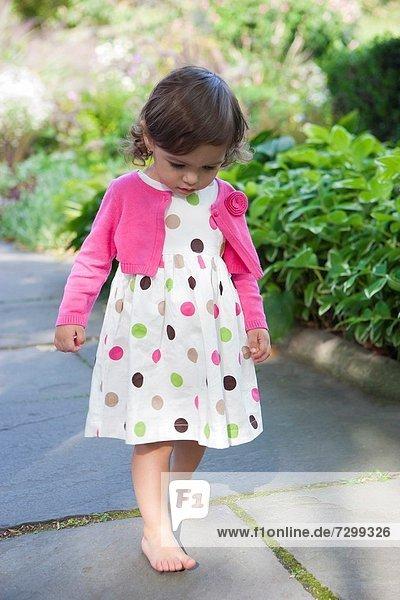 Strickjacke  gehen  über  Pullover  Garten  pink  Punkt  nackt  Mädchen  20  Kleid  Monat  alt