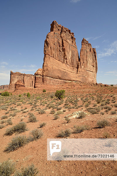 Felsformation Courthouse Tower  Courthouse Towers Section  Arches-Nationalpark  Moab  Utah  Vereinigte Staaten von Amerika  USA