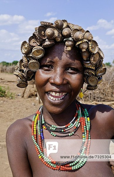 madchen nackt afrikanischen stamm frauen