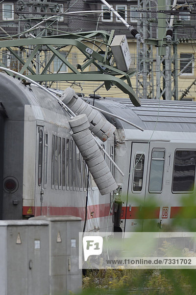 A train at Stuttgart central station derailed and tore down the overhead contact line which fell on the locomotive  Stuttgart  Baden-Wuerttemberg  Germany  Europe