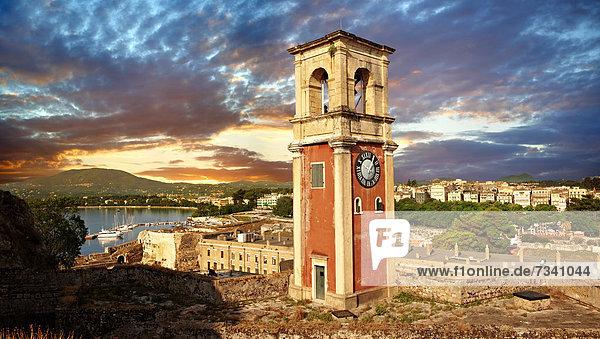 Uhrturm der alten Festung von Korfu-Stadt  Korfu  Ionische Inseln  Griechenland  Europa