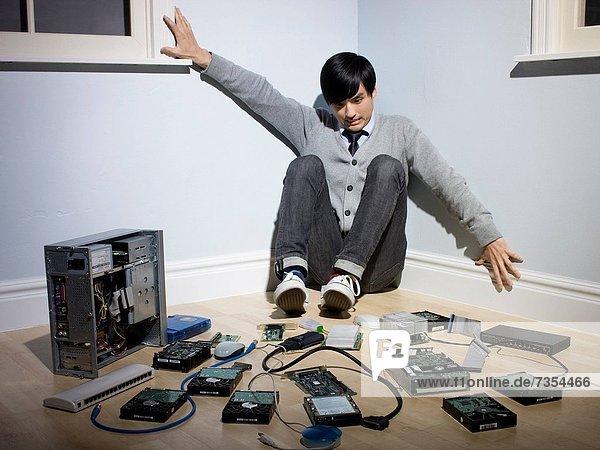 Ecke  Ecken  Mann  Computer  umgeben