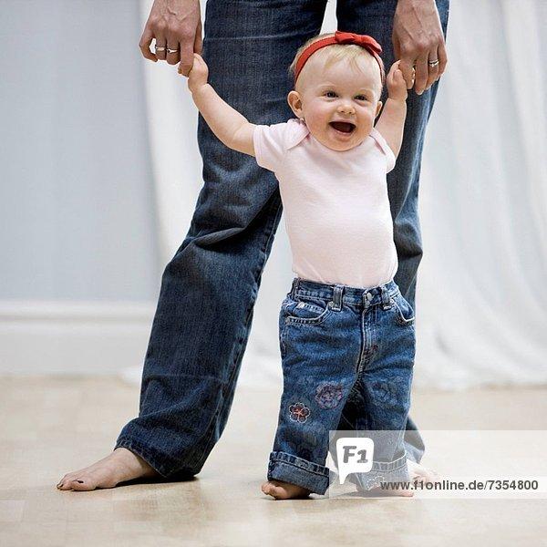 lernen  gehen  Mädchen  Baby