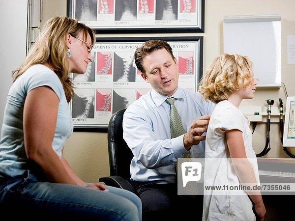 Büro  Mädchen  Mutter - Mensch
