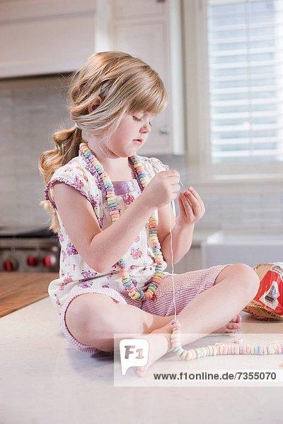 Küche  Produktion  Handwerk  Mädchen