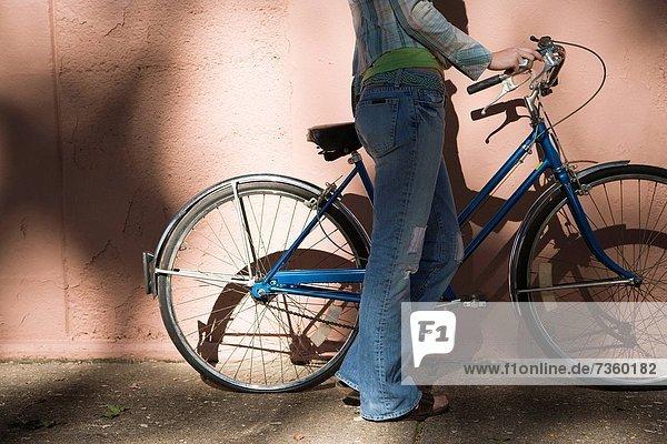 Profil  Profile  Frau  ruhen  Fahrrad  Rad