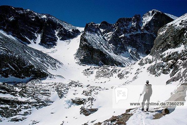 Berg  sehen  Berggipfel  Gipfel  Spitze  Spitzen  wandern  Rückansicht  Ansicht