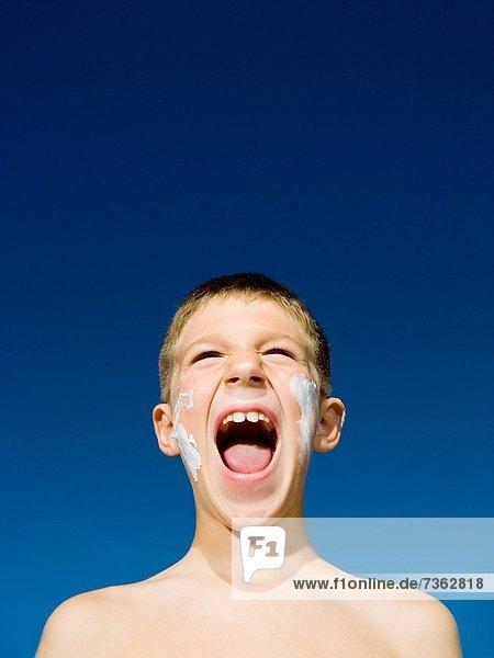 Junge - Person  schreien